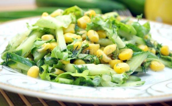 Салат с огурцом и кукурузой «